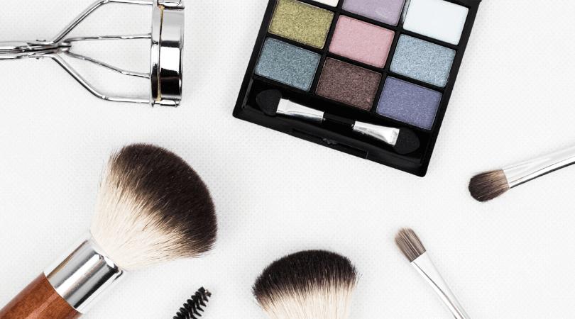 大学デビューのための5つのステップ失敗しないためにお化粧の仕方をマスターする
